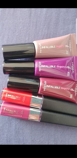 L'oreal infallible paints/matte for Sale in Poway, CA