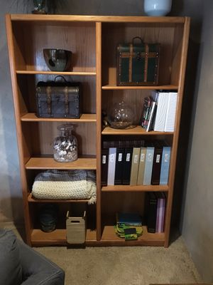Double Shelf / Bookshelves for Sale in Lynnwood, WA