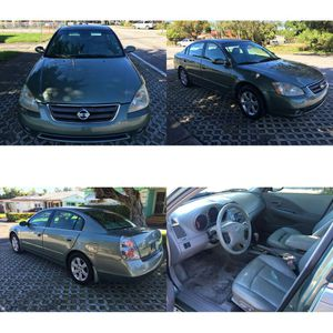Nissan altima 2004 for Sale in Miami, FL
