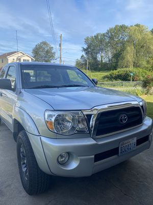 2006 Silver Toyota Tacoma Access Cab for Sale in Seattle, WA