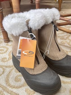 Womens Furry Winter Snow Rain Boots for Sale in Lutherville-Timonium,  MD