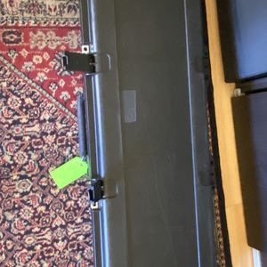 Bass Guitar Flight Case W/wheels By SKB Supper Nice ! for Sale in Hayward, CA