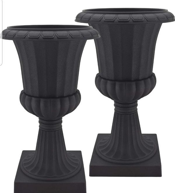 Deluxe Pedestal Flower Pots Lightweight Durable Water Resistant 27hx16w Brand New Never Used