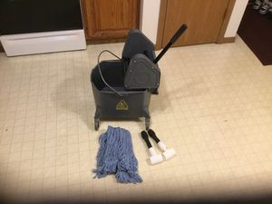 Marino Mop Bucket and Wringer Combo for Sale in Weston, WI