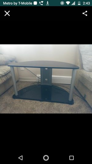 2 level TV stand for Sale in Colorado Springs, CO