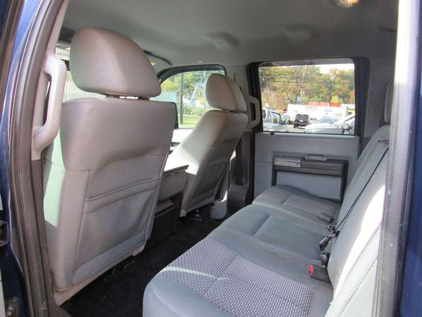 2011 Ford F350 Super Duty Crew Cab