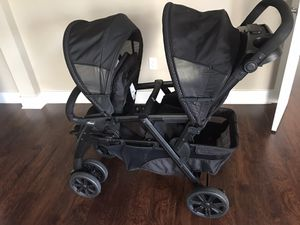 Chicco double stroller clean and perfect condition for Sale in Cary, NC