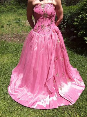 Quinceanera Pink dress NEW for Sale in Rathdrum, ID
