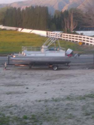 20 foot pontoon boat for Sale in Hemet, CA