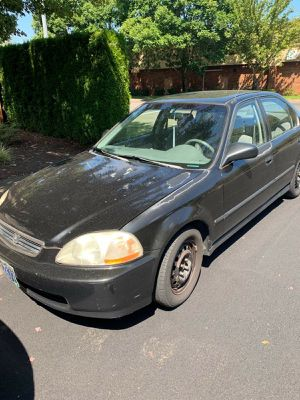 Honda Civic trade obo 600 or fill size truck for Sale in Tigard, OR