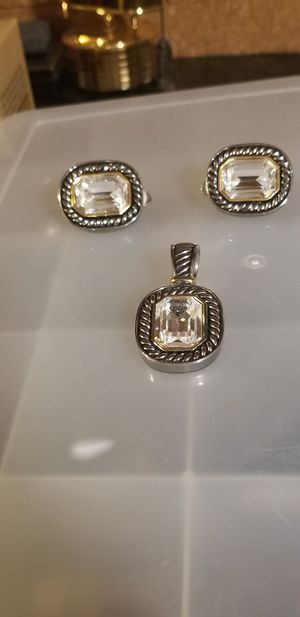 BEAUTIFUL VINTAGE EARRINGS WITH MATCHING PENDANT for Sale in Fairfax, VA