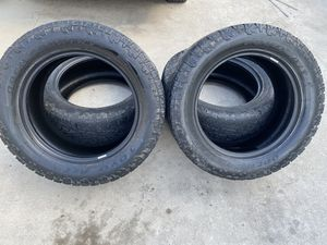 Toyo open country all terrain tires 20x55x305 for Sale in Houston, TX