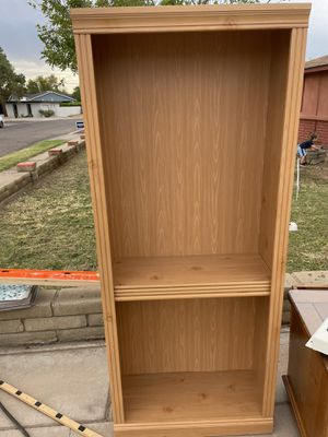 Pine bookshelves. Very good condition 6' high x 2.5' wide for Sale in Phoenix, AZ