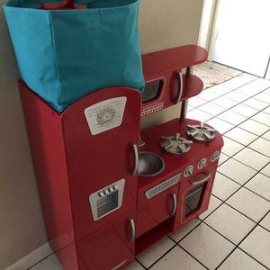 Kid craft Retro Kids Kitchen for Sale in St. Petersburg, FL