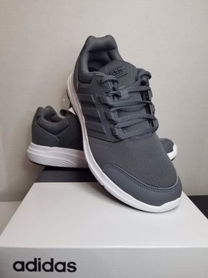 adidas men running shoe size 11.5 for Sale in Garden Grove, CA