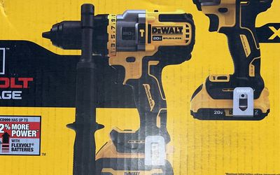 New! Dewalt 20v XR Brushless Drill Combo W/Flex Volt Battery. for Sale in North Brunswick Township,  NJ