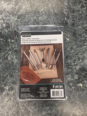 Art minds 8pc basic leather tooling set for Sale in Washington, MD
