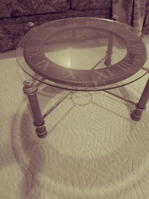 Round table for Sale in Washington, IL