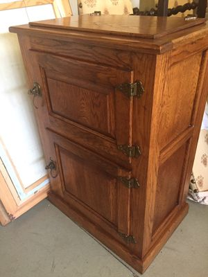 Antique IceBox Oak Cabinet for Sale in Trabuco Canyon, CA