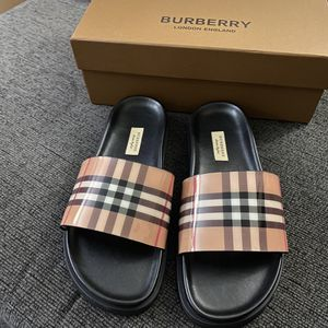 Burberry Slides Men size 10 for Sale in Brooklyn, NY