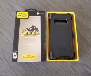 Samsung Galaxy S10+(Plus) Otterbox Defender Case with belt clip holster black for Sale in Santa Clarita, CA