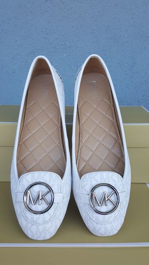 New Authentic Michael Kors Women's Shoes Sizes Available 7.5-10 for Sale in Montebello, CA