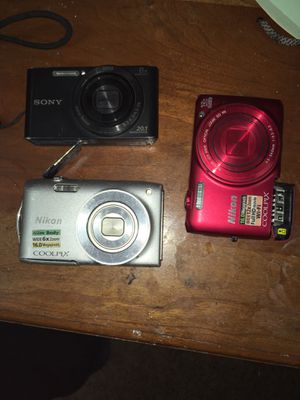 "Digital cameras ""message for specifics"" for Sale in Ravenna, OH"