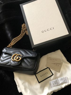 Gucci super mini bag for Sale in Clifton Heights, PA