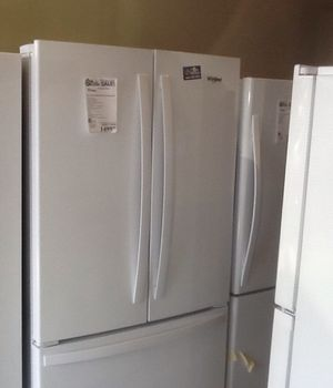 New open box whirlpool refrigerator WRF540CWHW for Sale in Whittier, CA