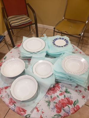 Dishes 32 pieces for Sale in Philadelphia, PA