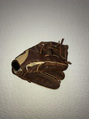 Mizuno baseball glove right hand for Sale in Hutto, TX