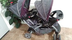 Double stroller/ carreola doble for Sale in Perris, CA