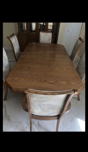 Dining / breakfast table for Sale in Schaumburg, IL