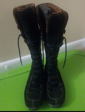 Women's Timberland Boots Knee High Size 10 for Sale in Charlotte, NC