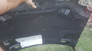 Mercedes benz parts. passengers door, fender and HOOD! for Sale in Austin, TX