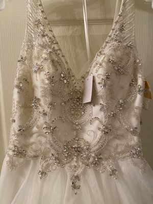 Wedding dress for Sale in Pearland, TX