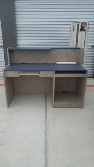 Businesses desk and display for Sale in Austin, TX