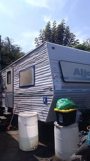 Good condition trailer rv for sell 1996. for Sale in Beaverton, OR