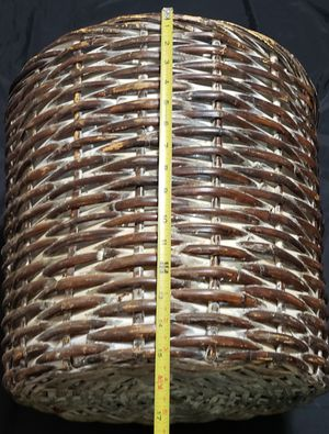 Large Wicker ratttan plant holder basket for Sale in Dallas, TX