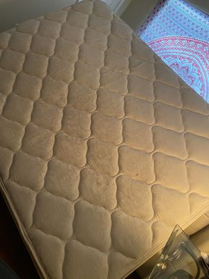 Queen mattress for Sale in Houston, TX