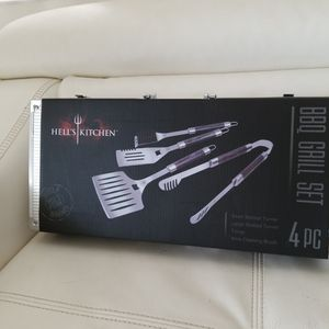 Hell's Kitchen BBQ Grill Set for Sale in Fort Lauderdale, FL