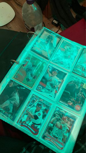 Binder filled with baseball cards for Sale in Evesham Township, NJ
