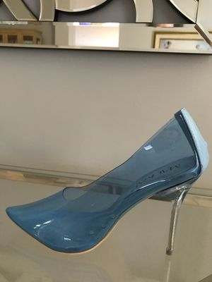New beautiful blue lucite clear stiletto Heels for Sale in Miami, FL