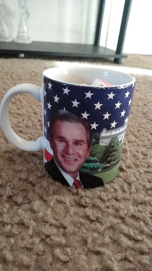 Gorge Bush president drinking mug excellent condition Asking $5 for Sale in Dallas, TX