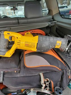 20V Dewalt Reciprocating Saw With 2 3amp Batteries for Sale in Pittsburgh,  PA