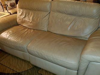 Love It Leather Sofa And Loveseat for Sale in Stockbridge,  GA