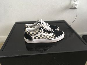 Checkers vans size 8.5 in men for Sale in Coral Gables, FL