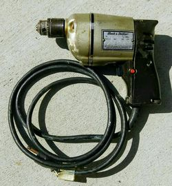 """Vintage 1966 Black & Decker 3/8"""" electric utility drill 115V 2.4A motor for Sale in San Mateo,  CA"""