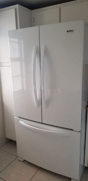 Kenmore refrigerator fridge french door white for Sale in Pompano Beach, FL