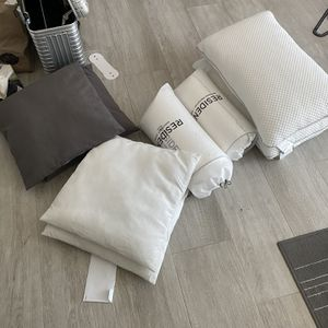 Lot of Pillows, New Or Like New. for Sale in Miami Shores, FL